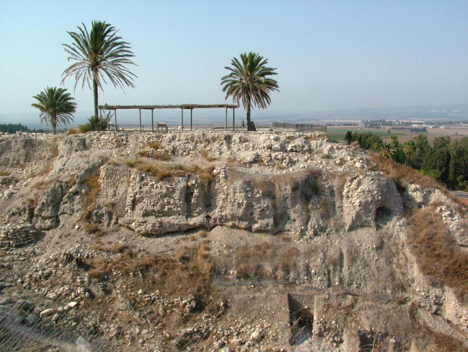 Ruínas de Megido - Arqueologia Bíblica